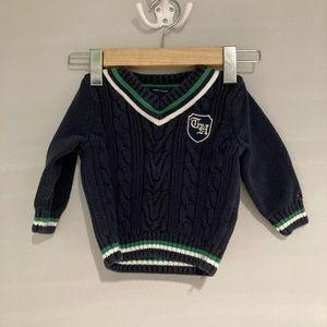 🦊3/$10 TOMMY HILFIGER Knitted Sweater12M